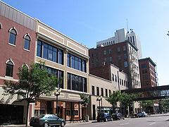 800px-Downtown_Cedar_Rapids
